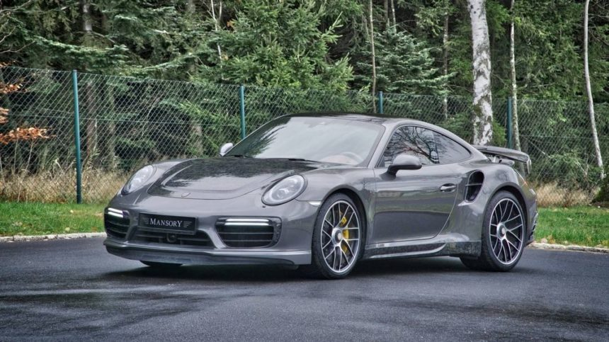 Subtelny carbon-kit do Porsche 911 Turbo S by Mansory